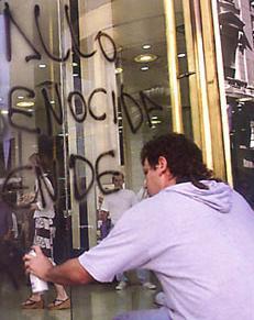 LLumar anti-graffiti-folia